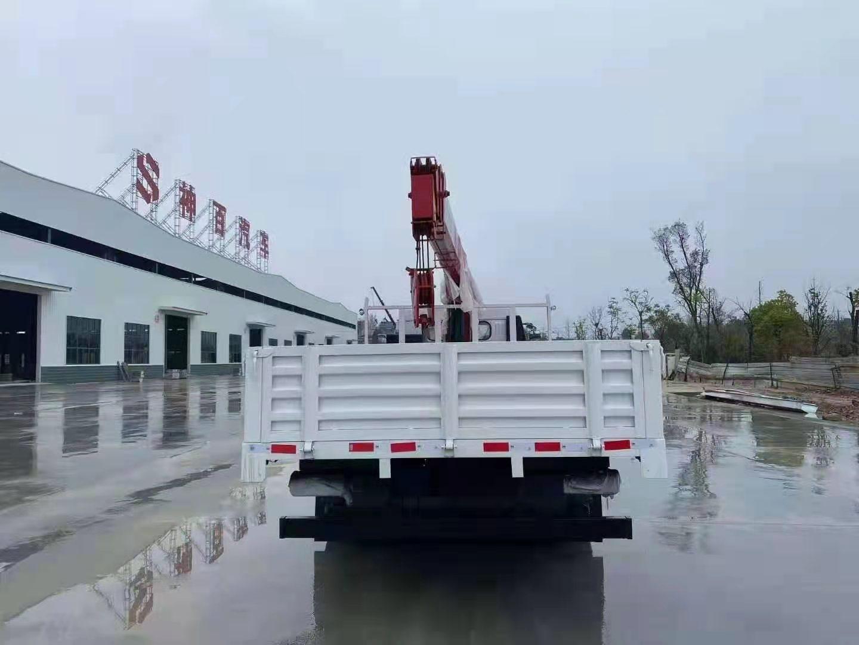 多利卡D7国六长兴7吨直臂随车吊全方位高清图展示