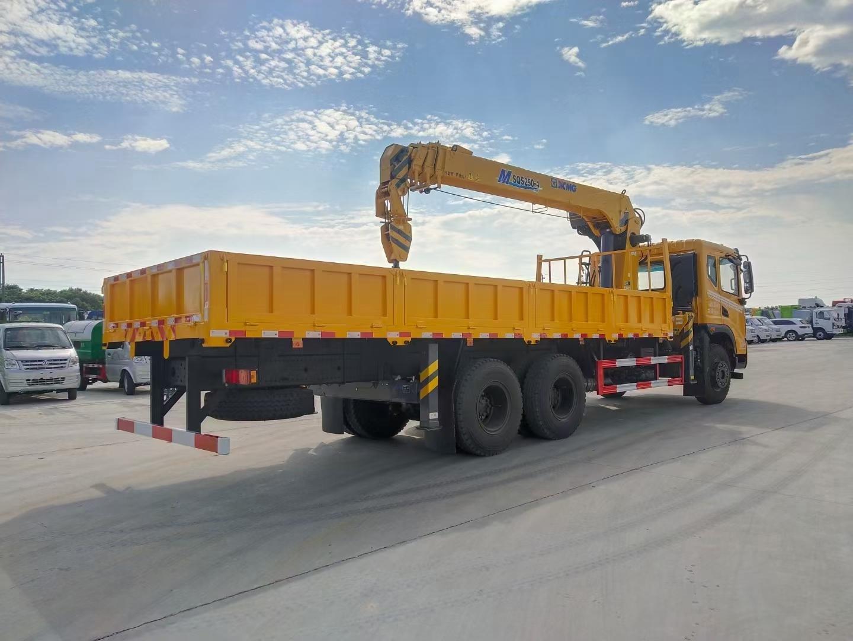 华神DV5后双桥徐工12吨直臂随车吊全方位高清图展示