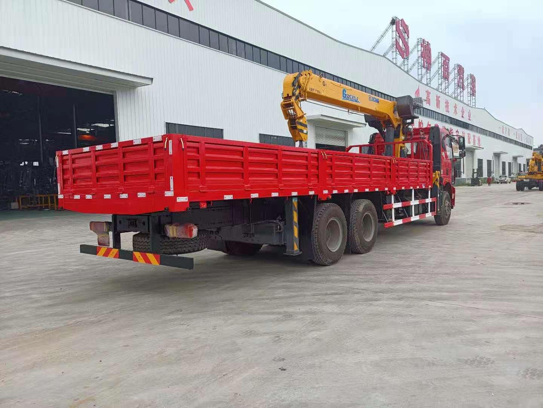 解放国六后双桥徐工12吨随车吊全方位高清图展示