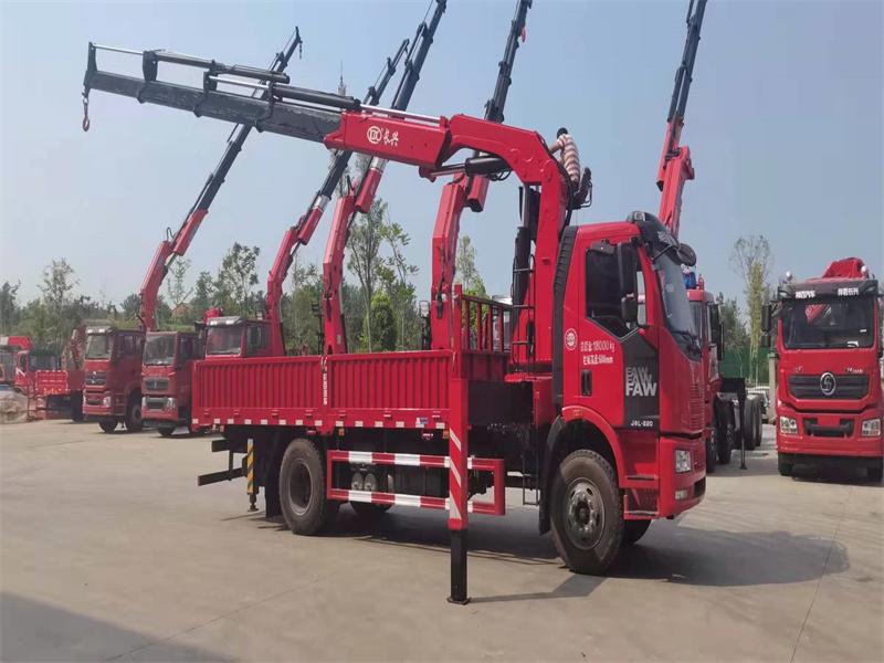 解放单桥长兴12吨折臂随车吊全方位高清图展示