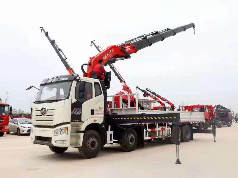 国六解放J6P前四后八38吨折臂随车吊,38吨大尾吊图片三