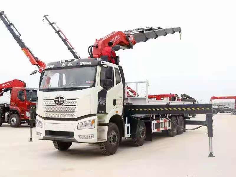 国六解放J6P前四后八38吨折臂随车吊,38吨大尾吊图片四