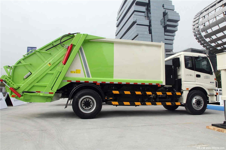 欧曼12方压缩式垃圾车