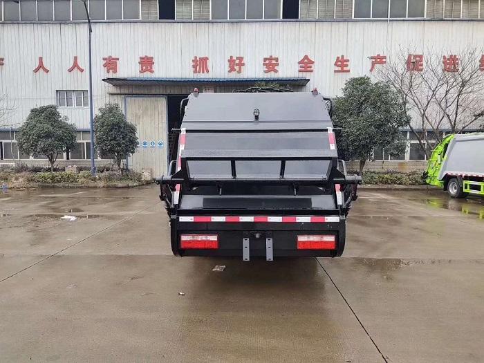 国六东风多利卡D6系列6方压缩式垃圾车图片六