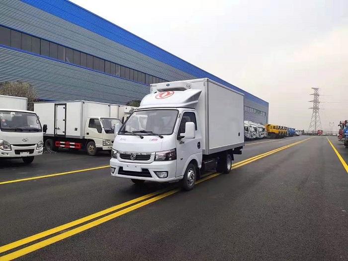 国六东风途逸3.5米冷藏车图片一