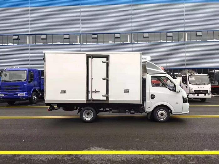 国六东风途逸3.5米冷藏车图片九