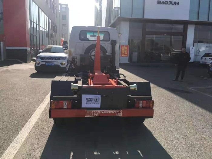 凯马国六3方勾臂式垃圾车图片七