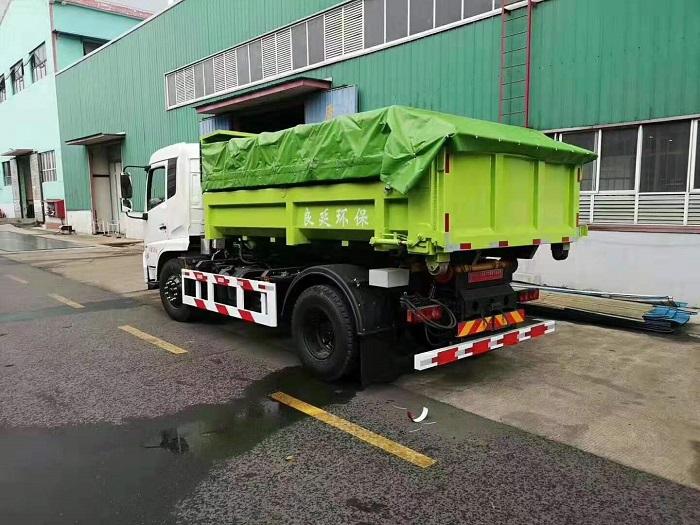 东风20吨建筑垃圾勾臂车20T伸缩套臂图片二