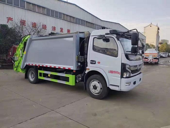 东风多利卡K7国六8立方米后装压缩式垃圾车图片
