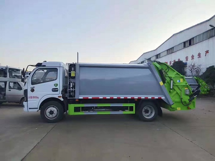 东风多利卡K7国六8方后装压缩式垃圾车图片七