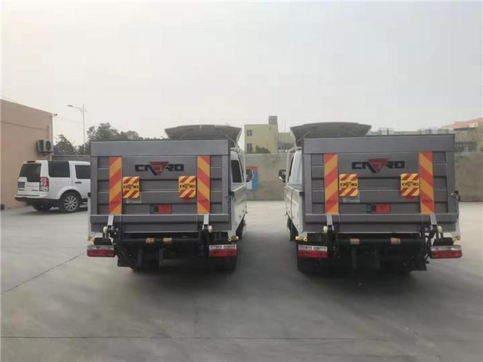国六东风途逸桶装(15桶)垃圾运输车图片四