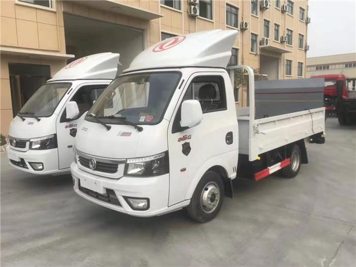 国六东风途逸桶装(15桶)垃圾运输车图片九