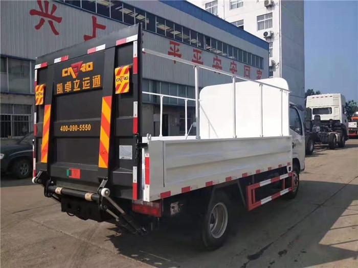 东风小多利卡桶装垃圾运输车图片六