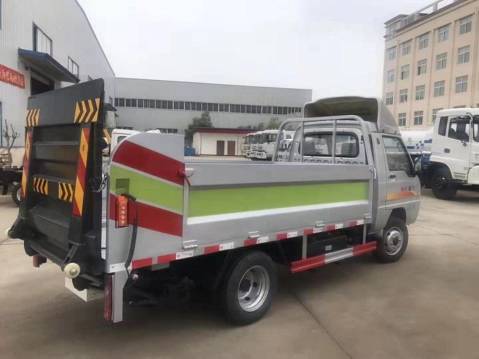 凯马锐菱8-10桶240L桶装垃圾运输车图片六