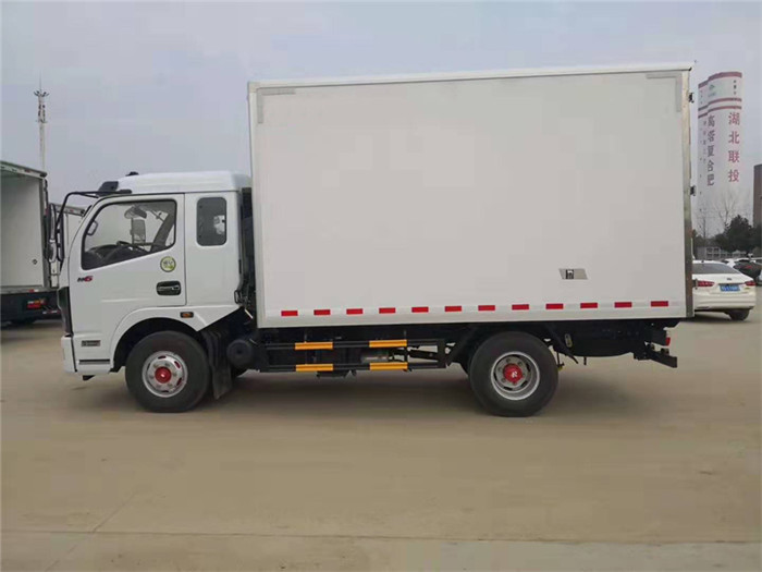 东风凯普特冷藏车(厢长3.8米)图片四