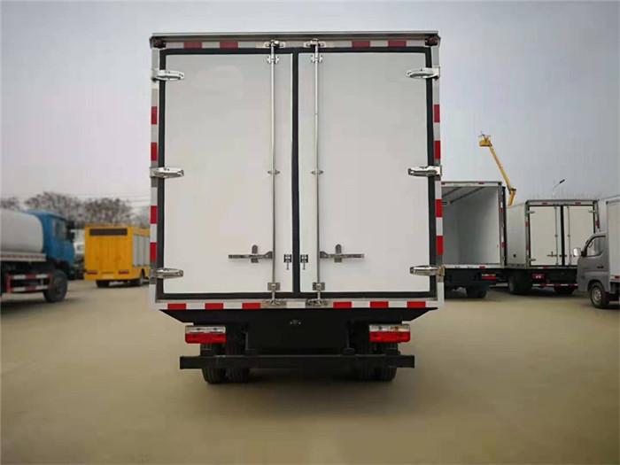东风凯普特冷藏车(厢长3.8米)图片八