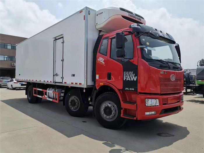 一汽解放J6L小三轴冷藏车(厢长8.6米)容积:52m³图片一