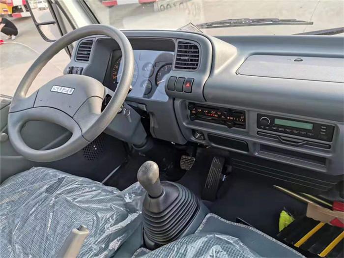 庆铃五十铃600P冷藏车(厢长5米)图片五
