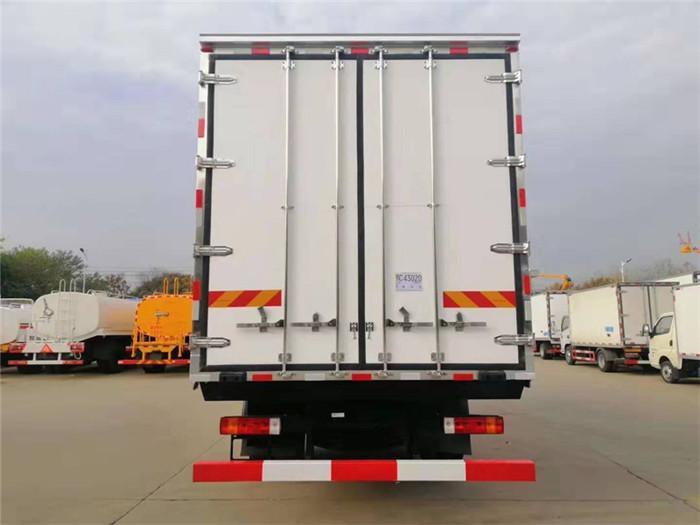新款青岛解放龙VH冷藏车,容积:41m³图片七