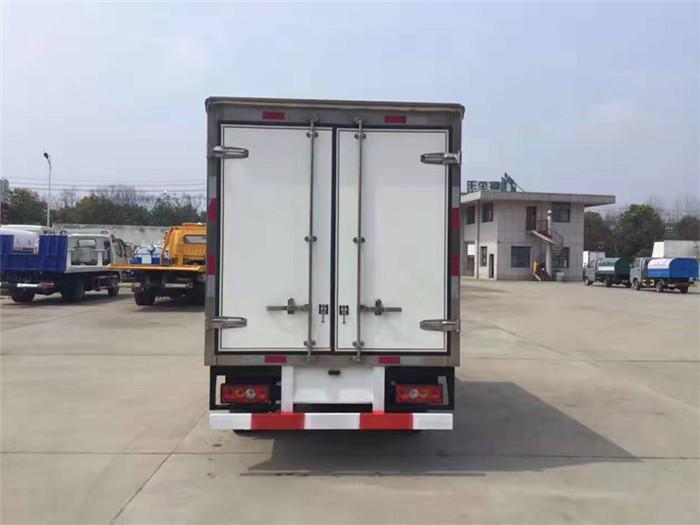 金杯小金牛T30冷藏车(厢长2.8米)图片八