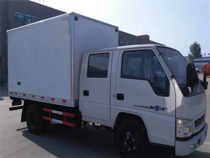 江铃顺达双排座冷藏车(厢长3.2米)图片