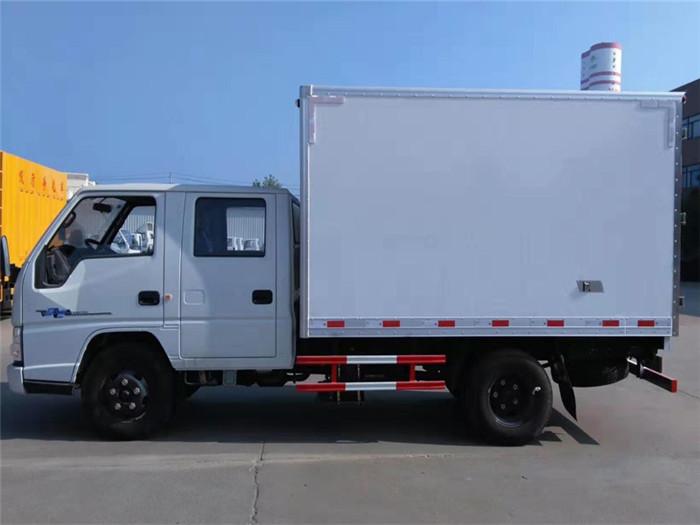 江铃顺达双排座冷藏车(厢长3.2米)图片五