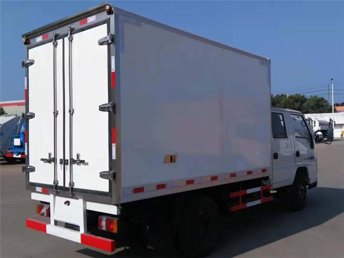 江铃顺达双排座冷藏车(厢长3.2米)图片七