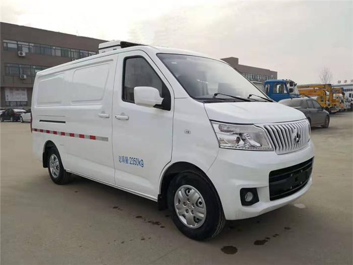 长安睿行M80面包冷藏车(容积3.5立方)图片三
