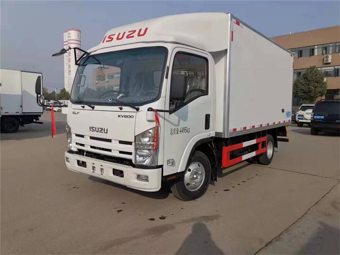 庆铃五十铃KV600型冷藏车