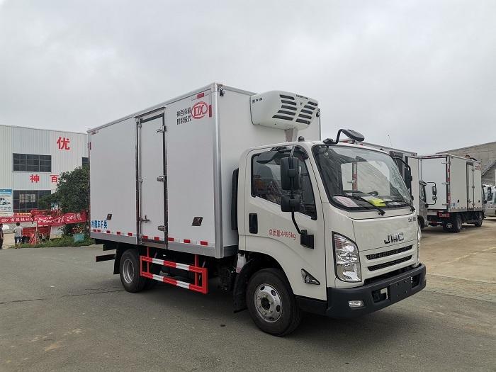 江铃凯运国六冷藏车图片